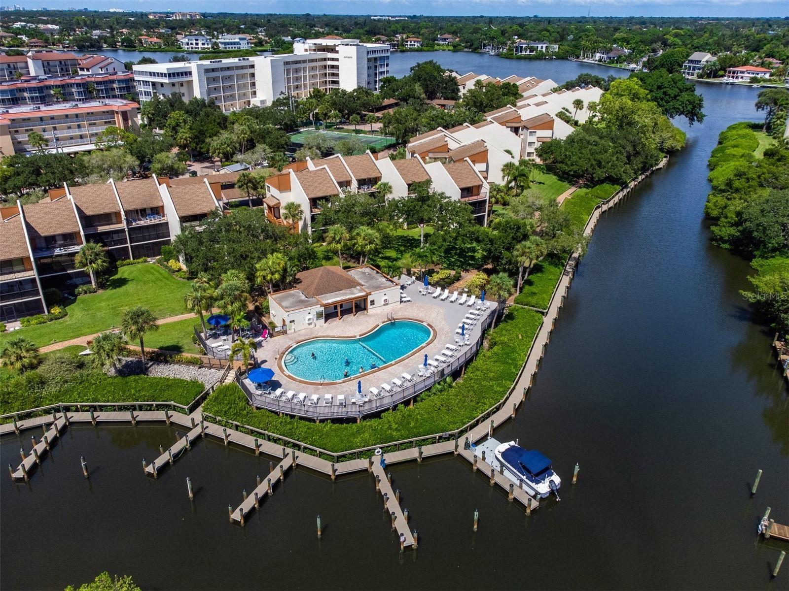 1600 COVE II PLACE #413, Sarasota, FL 34242 - #: A4512400