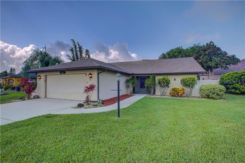 Photo of 1253 LUCAYA AVENUE, VENICE, FL 34285 (MLS # N6110400)