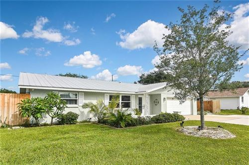 Photo of 1044 DEVON ROAD, VENICE, FL 34293 (MLS # N6110402)