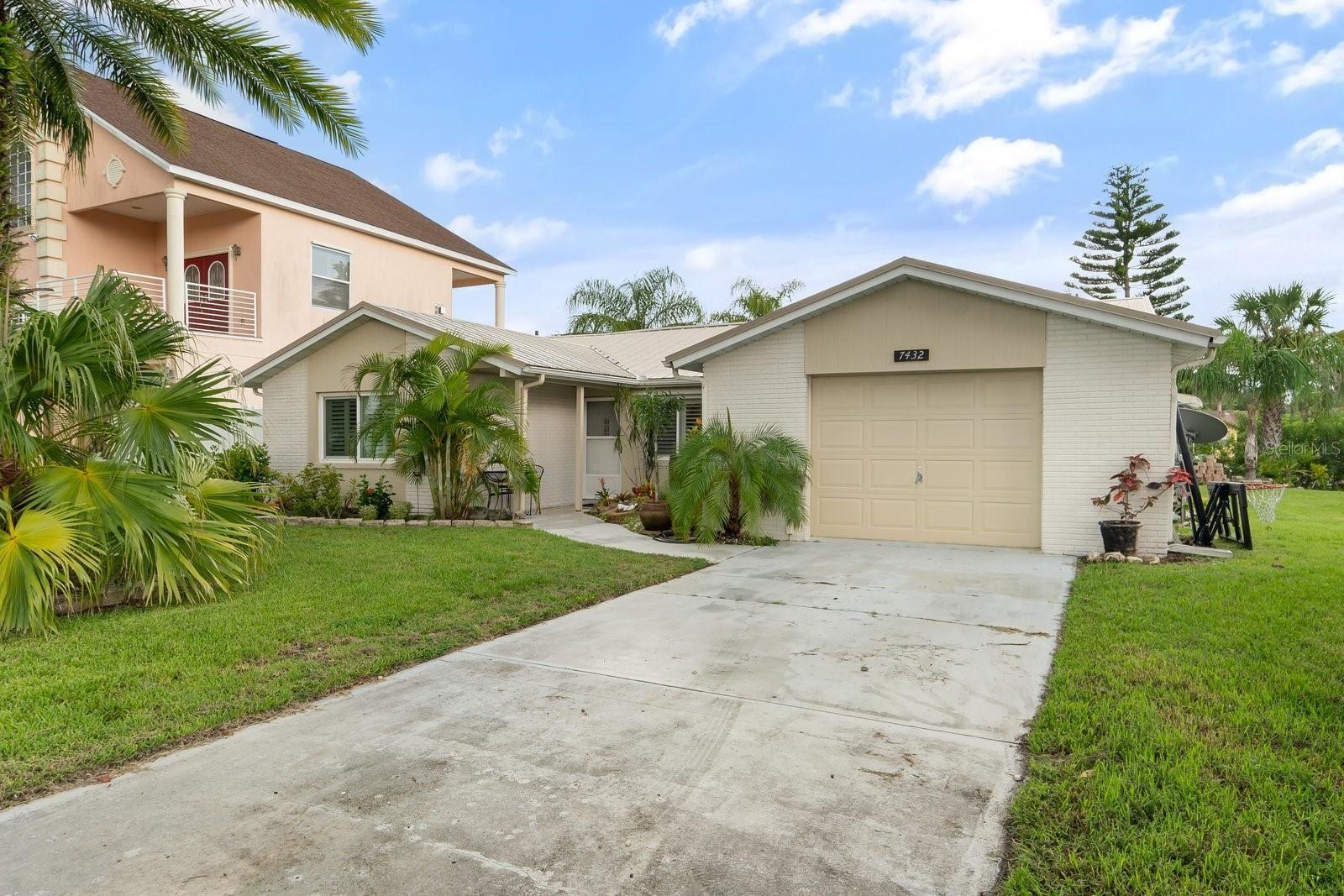 7432 ISLANDER LANE, Hudson, FL 34667 - MLS#: W7836403