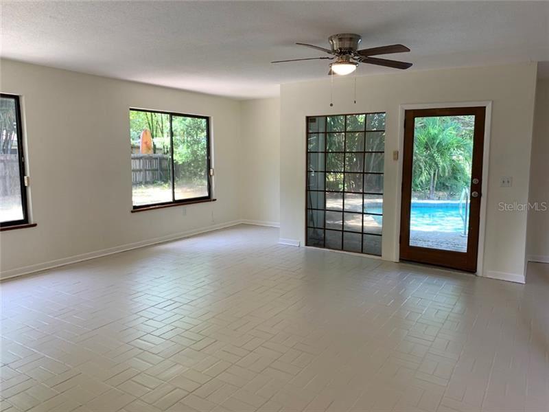 Photo of 4023 SARASOTA AVENUE, SARASOTA, FL 34234 (MLS # A4468405)