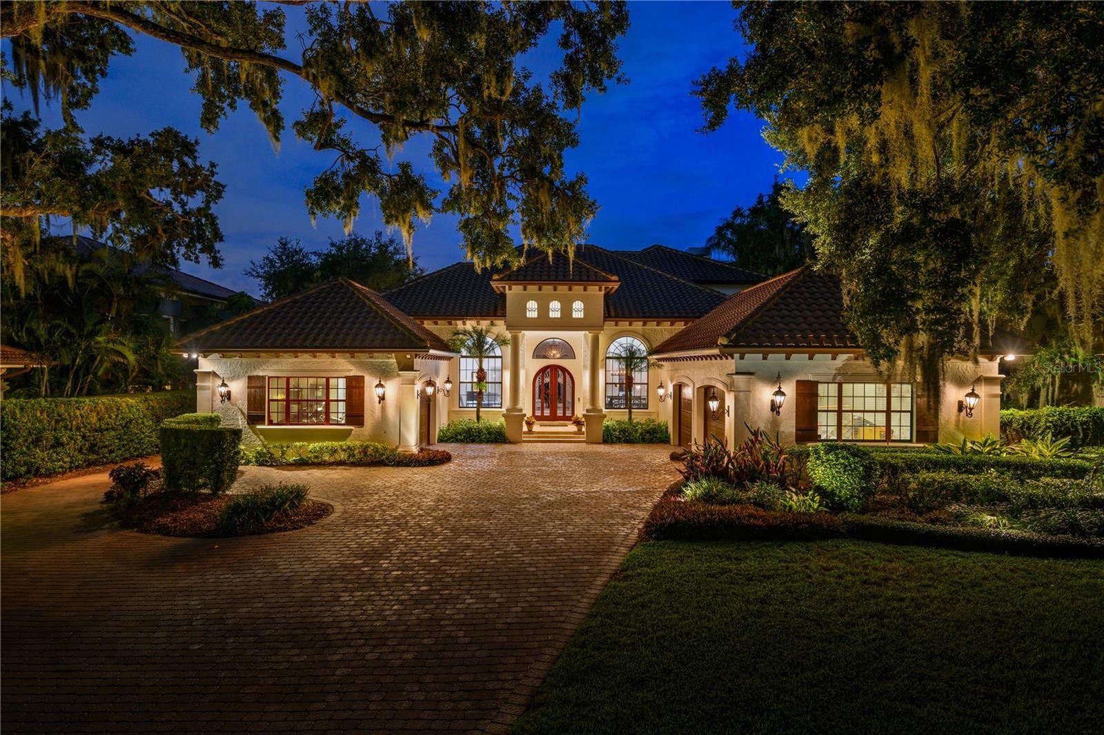 Photo of 802 W 2ND AVENUE, WINDERMERE, FL 34786 (MLS # O5971407)