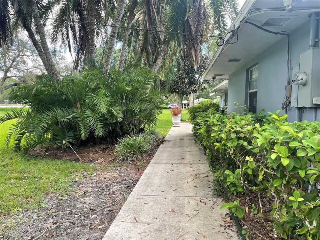 Photo of 4612 MCINTOSH ROAD, SARASOTA, FL 34233 (MLS # A4514411)