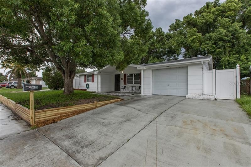 5429 CELCUS DRIVE, Holiday, FL 34690 - #: W7826413
