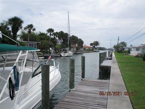 Photo of 832 WHITE CAP CIRCLE #5, VENICE, FL 34285 (MLS # N6115414)