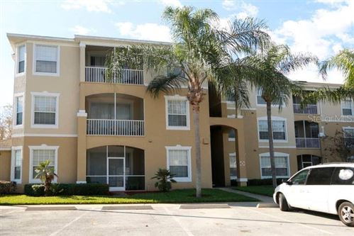 Photo of 2300 SILVER PALM DRIVE #303, KISSIMMEE, FL 34747 (MLS # S5033414)