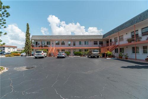 Photo of 220 PARK BOULEVARD N #203, VENICE, FL 34285 (MLS # N6117415)