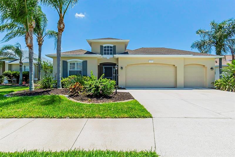 Photo of 6718 64TH TERRACE E, BRADENTON, FL 34203 (MLS # O5942416)