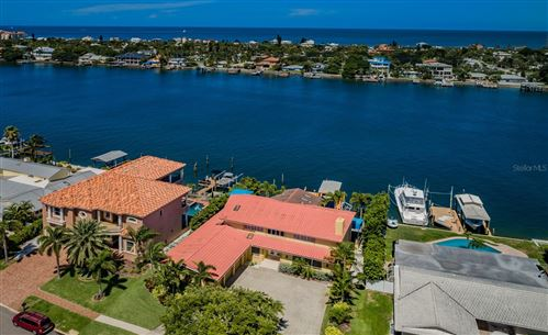 Photo of 830 ISLAND WAY, CLEARWATER, FL 33767 (MLS # U8131419)