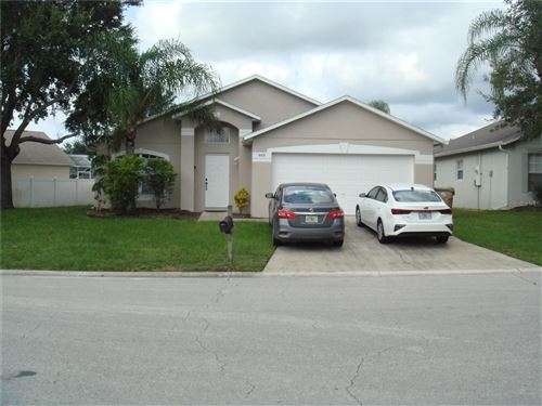 Photo of 900 CLEAR CREEK CIRCLE, CLERMONT, FL 34714 (MLS # S5056421)