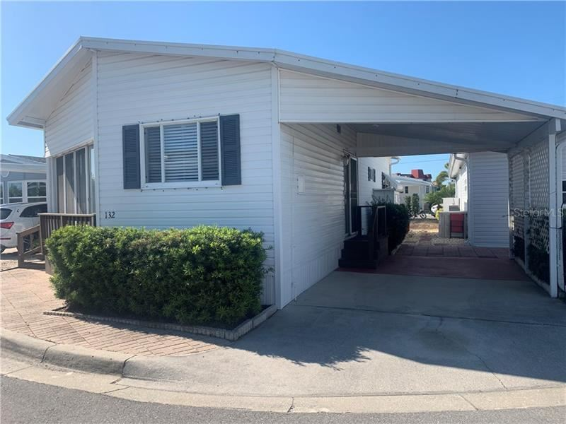 Photo of 132 PARK BOULEVARD S, VENICE, FL 34285 (MLS # A4496421)