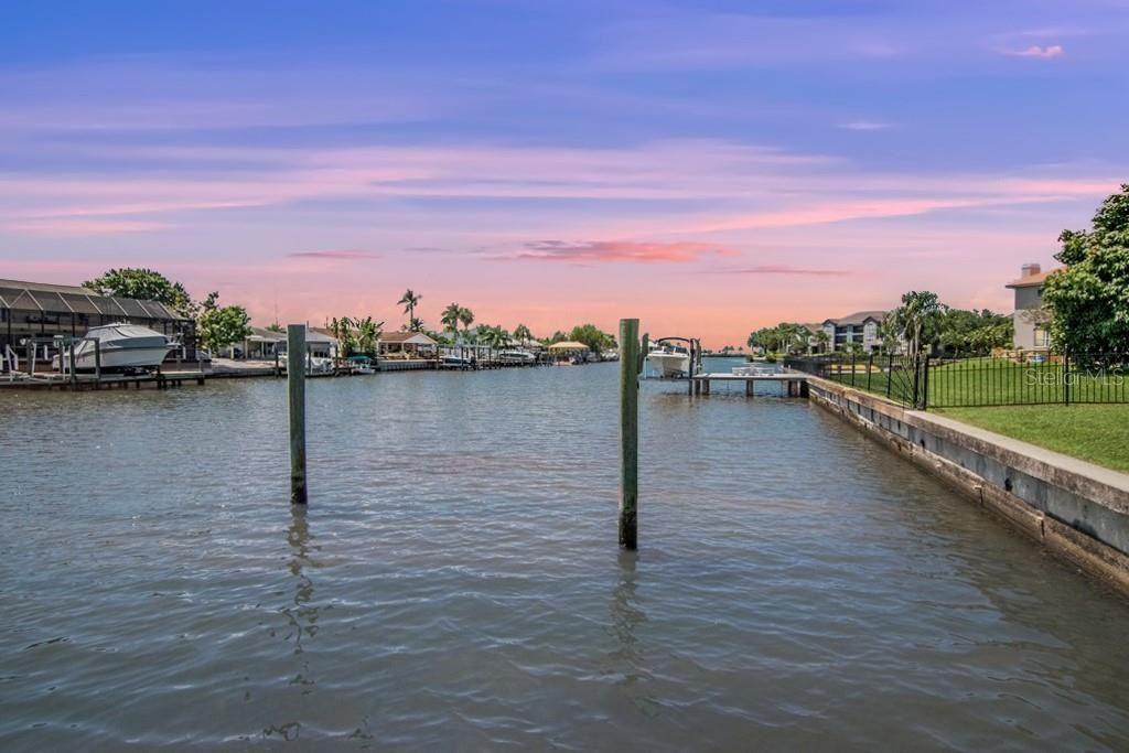 Photo of 7141 PELICAN ISLAND DRIVE, TAMPA, FL 33634 (MLS # T3314421)