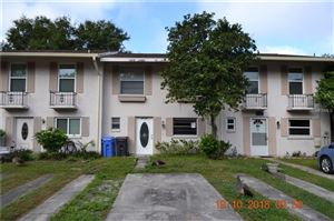 Photo of 11710 WESSON CIRCLE W, TAMPA, FL 33618 (MLS # T3137423)