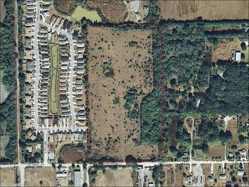 Photo of 3000 21ST STREET COURT E, PALMETTO, FL 34221 (MLS # A3986424)