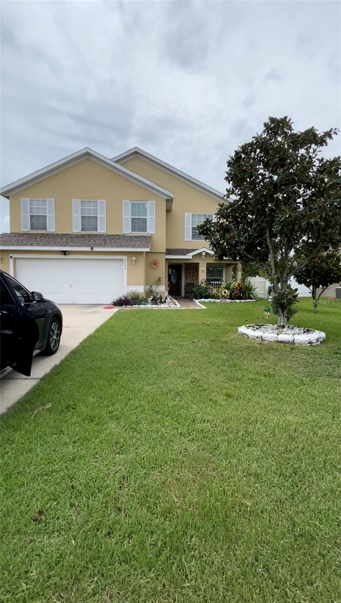Photo of 2706 EAGLE RIDGE LOOP, KISSIMMEE, FL 34746 (MLS # O5974424)