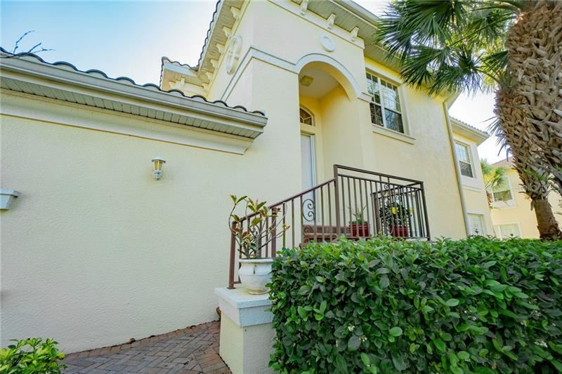 Photo of 1806 TRIANO CIRCLE, VENICE, FL 34292 (MLS # N6113425)