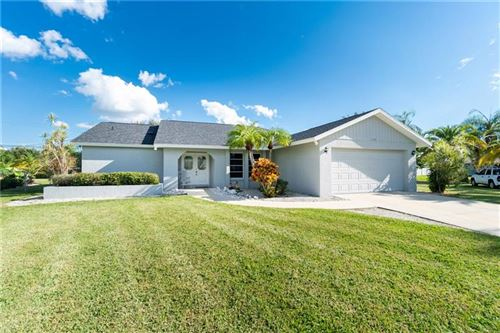 Photo of 1140 TIMBER TRAIL, ENGLEWOOD, FL 34223 (MLS # D6114427)