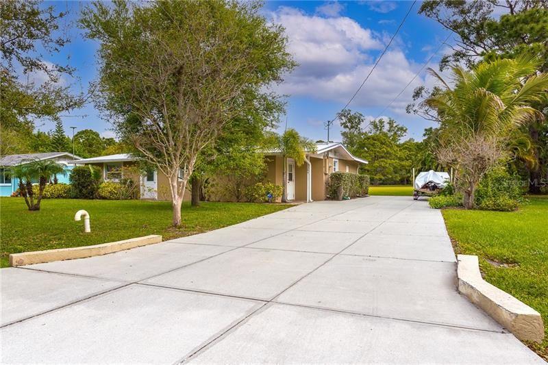 Photo of 1384 WALL STREET, ENGLEWOOD, FL 34223 (MLS # D6117428)