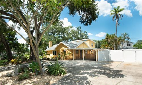 Main image for 8135 33RD AVENUE N, ST PETERSBURG,FL33710. Photo 1 of 25