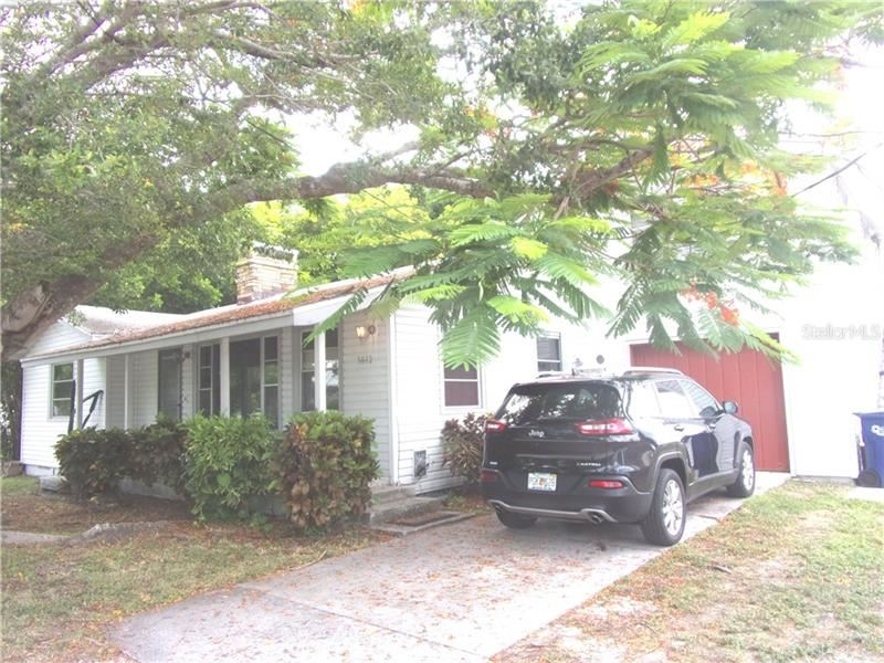 Photo of 5812 4TH AVENUE NW, BRADENTON, FL 34209 (MLS # A4471431)