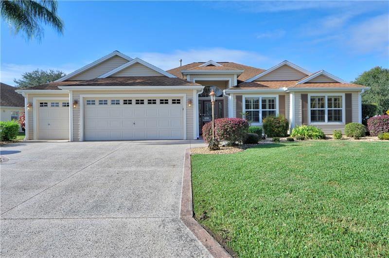 696 CASTLEBERRY CIRCLE, The Villages, FL 32162 - MLS#: O5906433