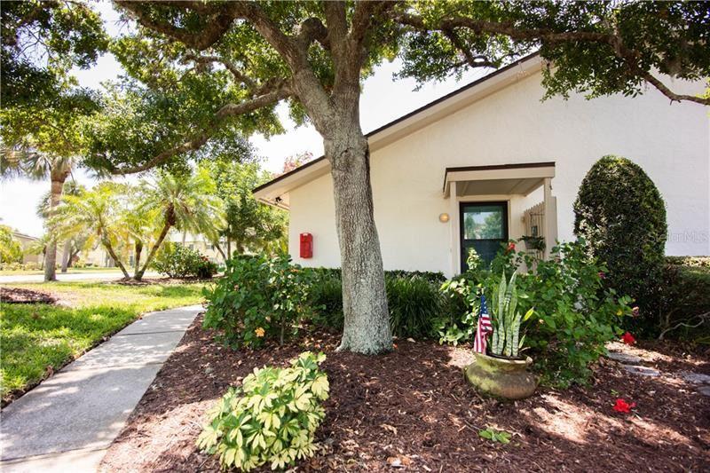 Photo of 1023 CAPRI ISLES BOULEVARD #1, VENICE, FL 34292 (MLS # N6114434)
