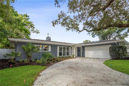 Photo of 1316 GOLF VIEW DRIVE, BELLEAIR, FL 33756 (MLS # T3276435)
