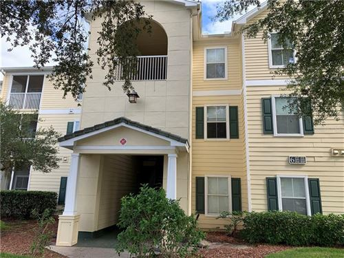 Photo of 18325 BRIDLE CLUB DRIVE #18325, TAMPA, FL 33647 (MLS # T3272436)