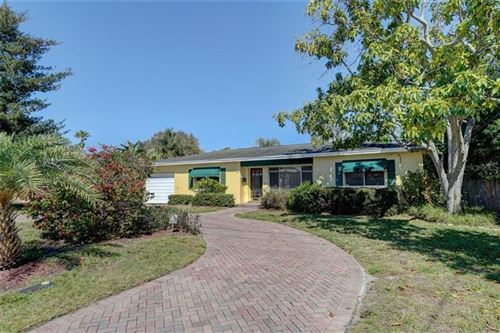 Photo of 328 SUNNY LANE, BELLEAIR, FL 33756 (MLS # U8076437)