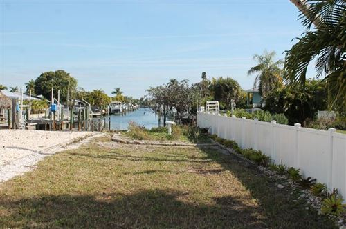 Photo of 502 KEY ROYALE DRIVE, HOLMES BEACH, FL 34217 (MLS # T3283438)