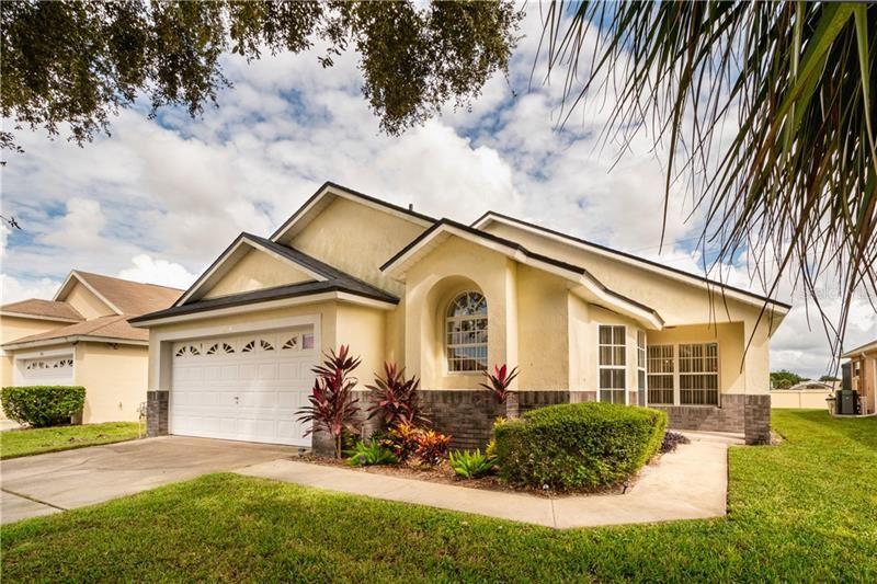 Photo of 2509 ONEIDA LOOP, KISSIMMEE, FL 34747 (MLS # O5901439)