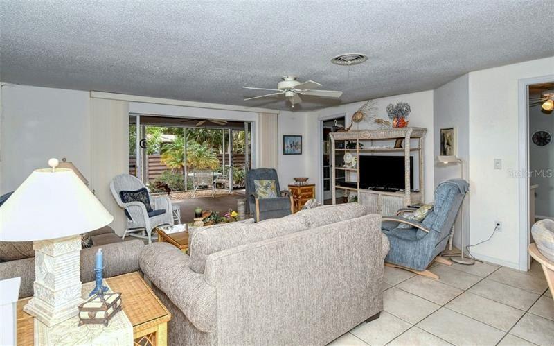 Photo of 6177 ROCKEFELLER AVENUE, SARASOTA, FL 34231 (MLS # A4492440)