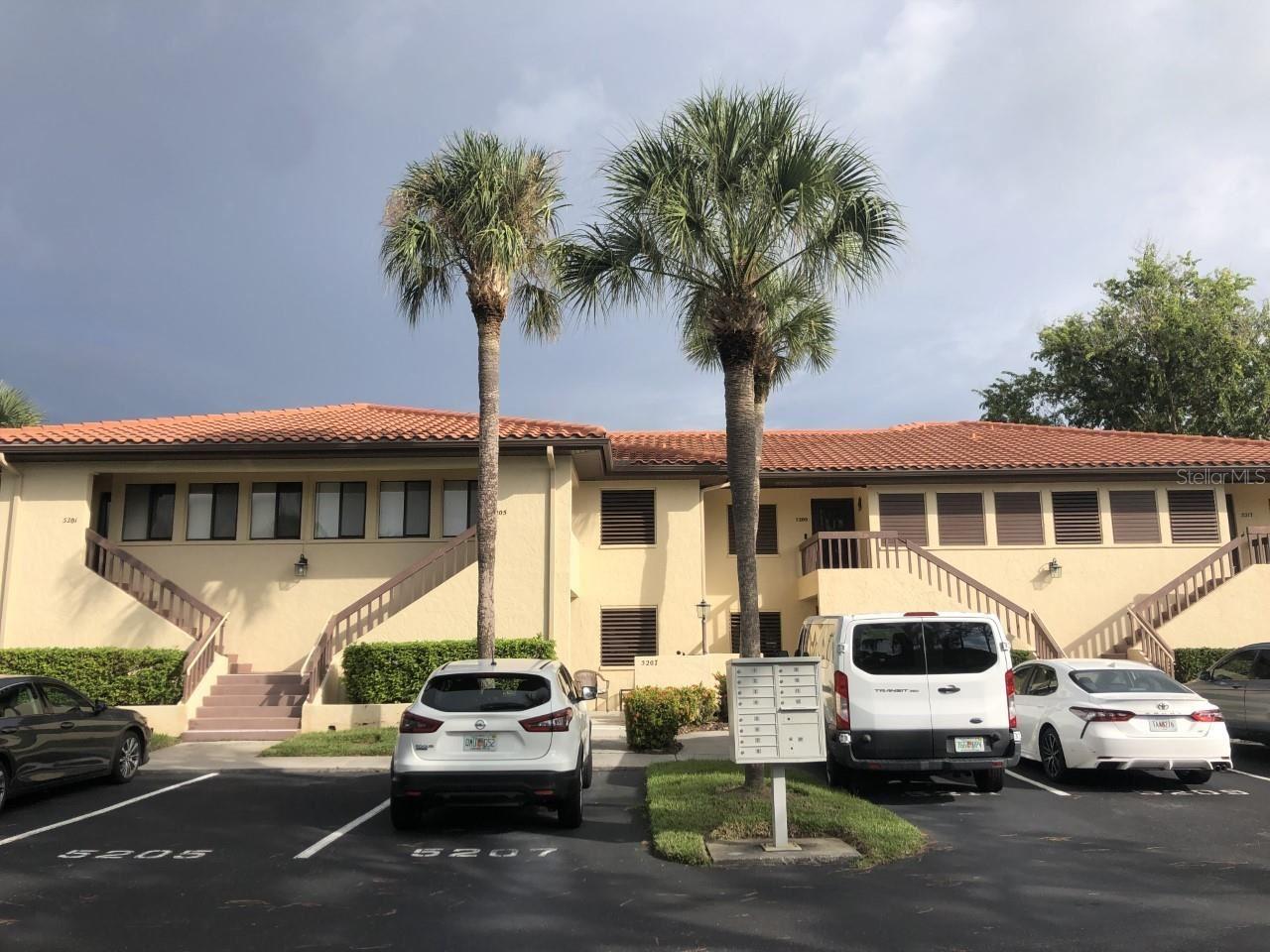 5211 LAKE VILLAGE DRIVE #17, Sarasota, FL 34235 - #: A4512440