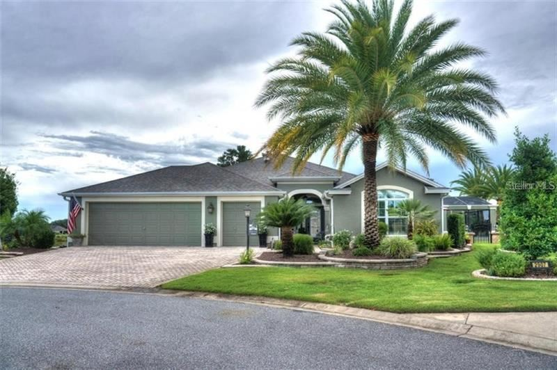 Photo of 2908 CANARY PLACE, THE VILLAGES, FL 32163 (MLS # G5038441)