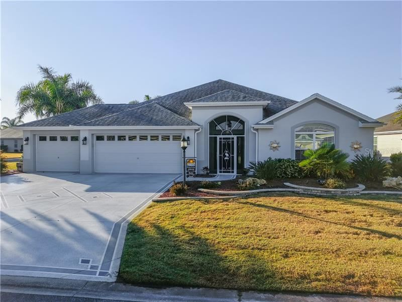 Photo of 3992 NEIGHBORLY WAY, THE VILLAGES, FL 32163 (MLS # G5038442)