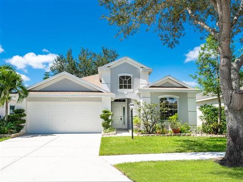 Photo of 6218 WHITE CLOVER CIRCLE, LAKEWOOD RANCH, FL 34202 (MLS # A4477445)