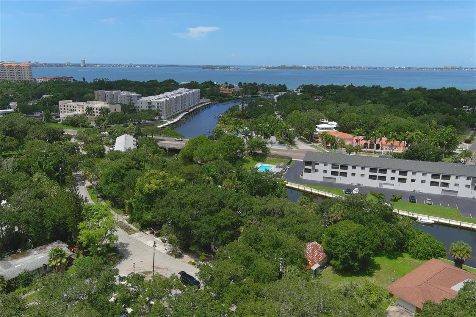 Photo of 2027 PANAMA DRIVE, SARASOTA, FL 34234 (MLS # A4507450)
