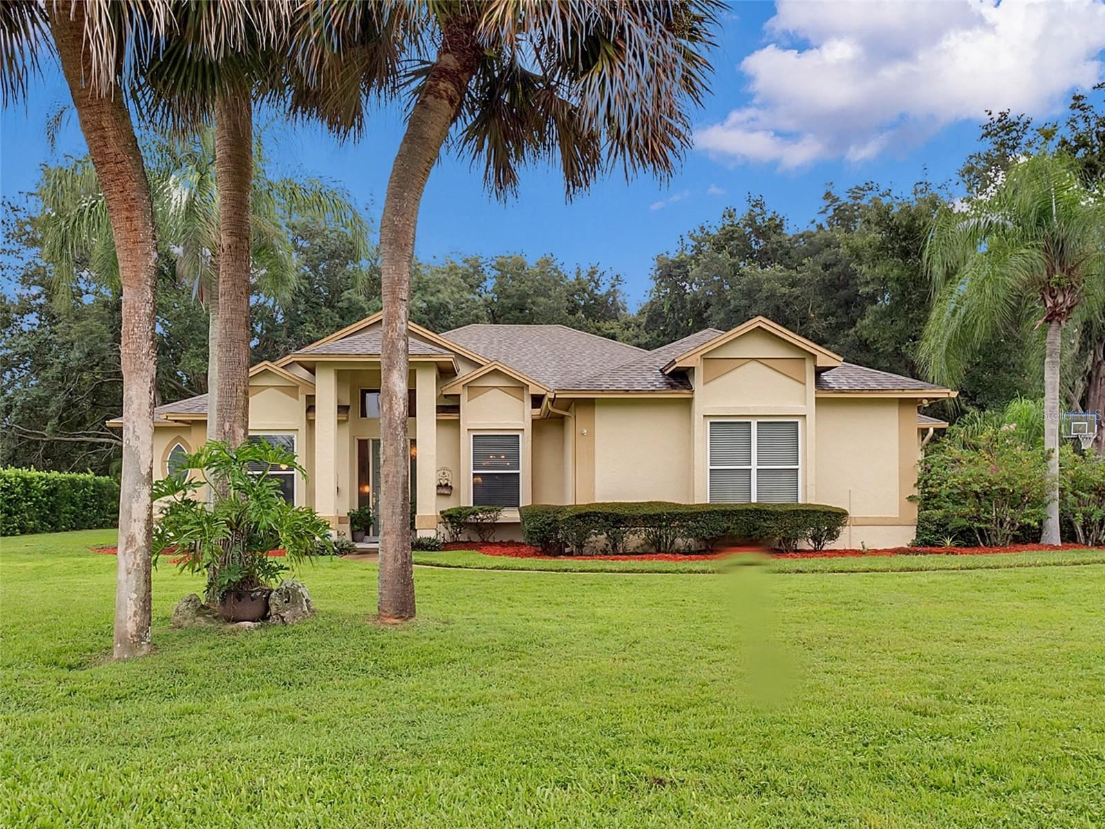 Photo of 5109 AUTUMN RIDGE LANE, WINDERMERE, FL 34786 (MLS # G5046451)