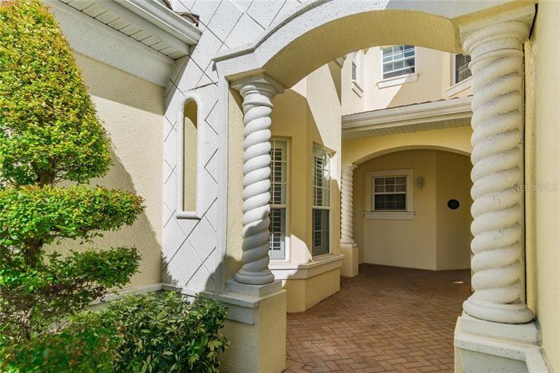 Photo of 1604 TRIANO CIRCLE #1604, VENICE, FL 34292 (MLS # N6109451)