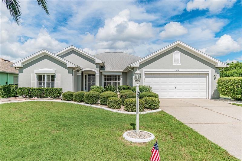 2512 RUNNINGBROOKE WAY, Sun City Center, FL 33573 - MLS#: T3264451