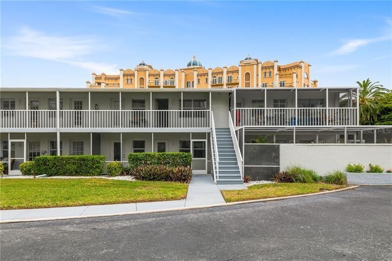 325 GOLDEN GATE POINT #6, Sarasota, FL 34236 - #: A4490453