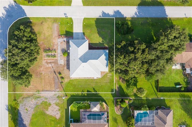 Photo of 6135 LOMAX STREET, ENGLEWOOD, FL 34224 (MLS # D6114455)