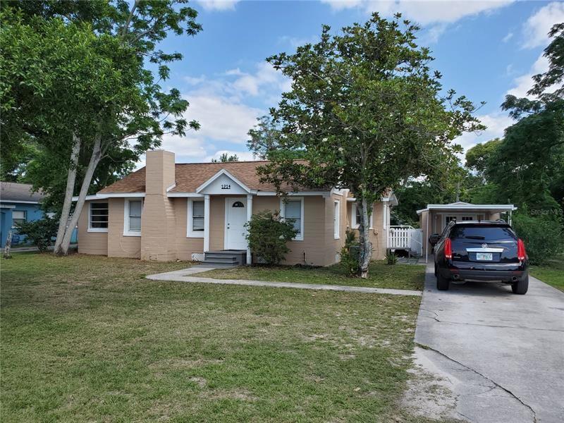 1214 DORA AVENUE, Tavares, FL 32778 - #: OM619458