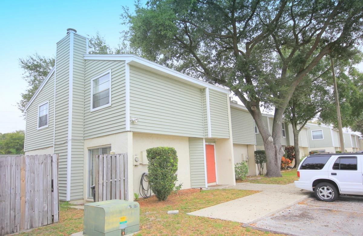 11806 N ARMENIA AVENUE, Tampa, FL 33612 - #: T3328462