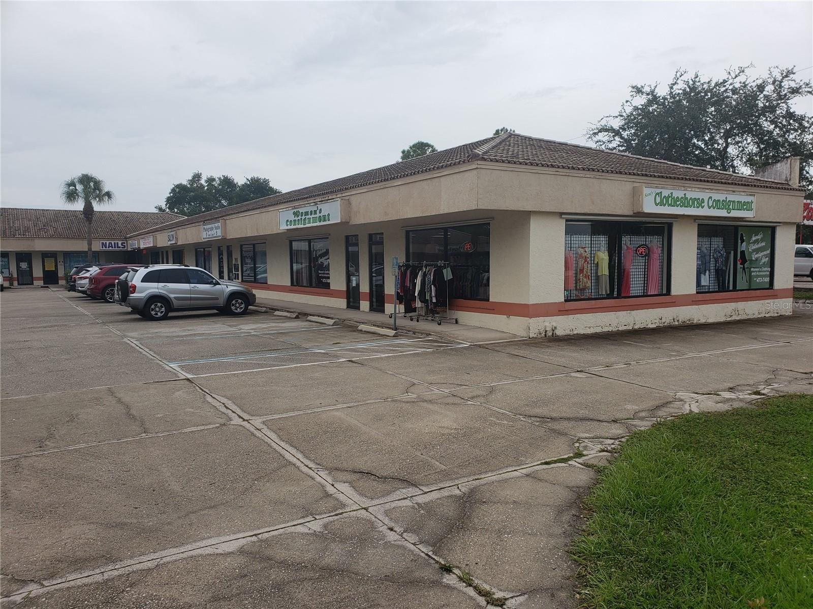 Photo of 2670 S MCCALL ROAD, ENGLEWOOD, FL 34224 (MLS # A4506465)