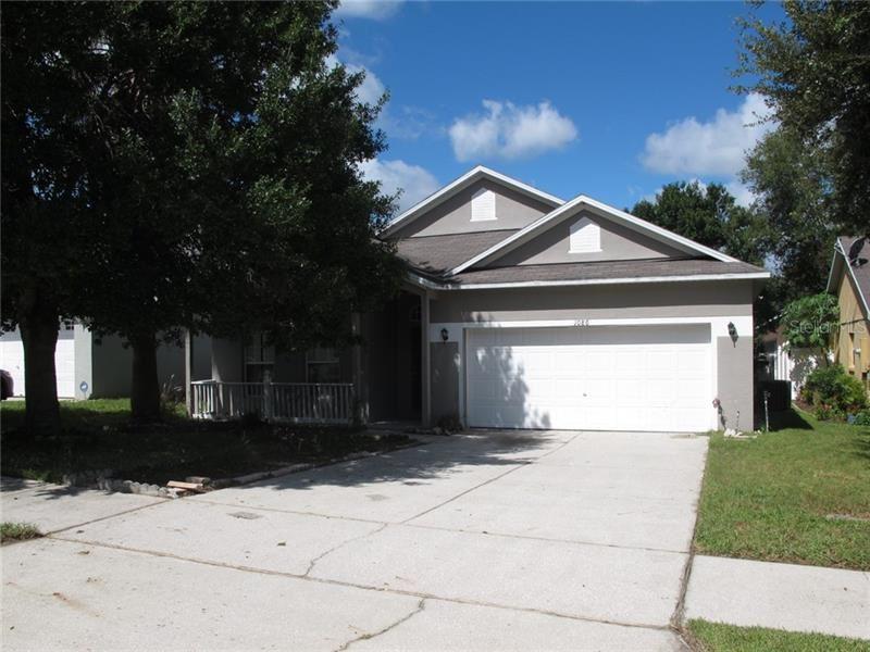 1086 STONEHAM DRIVE, Groveland, FL 34736 - #: G5019465