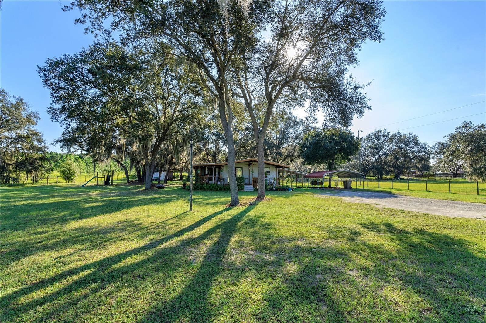 Photo of 21236 S BUCKHILL ROAD, CLERMONT, FL 34715 (MLS # O5975465)