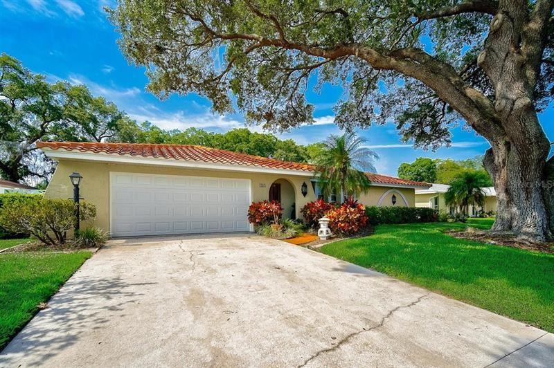 185 MIMOSA CIRCLE, Sarasota, FL 34232 - #: A4500466