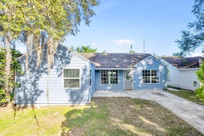 7702 ROBERT E LEE ROAD, Tampa, FL 33637 - MLS#: T3332468