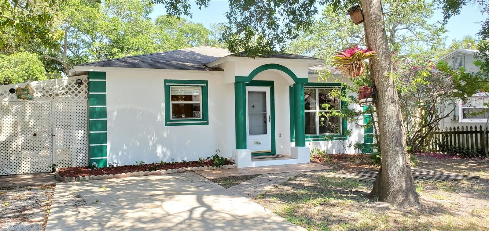 2026 44TH STREET S, Saint Petersburg, FL 33711 - MLS#: U8122468